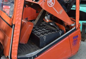 forklift-battery