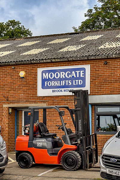 Moorgate Signage With Forklift