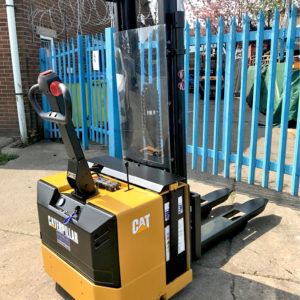 Caterpillar NS1400P 1400KG Electric Pedestrian Stacker