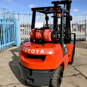 Toyota 7FG30 4 Wheel 3000KG LPG Forklift Truck